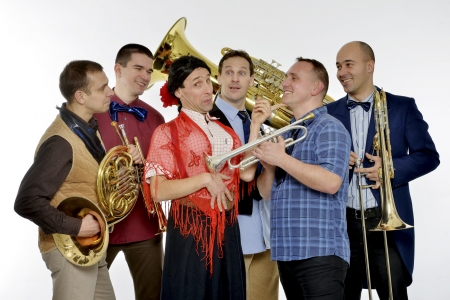 Csaba Méhes and the Brass in the Five: LET'S GO TO RIO!