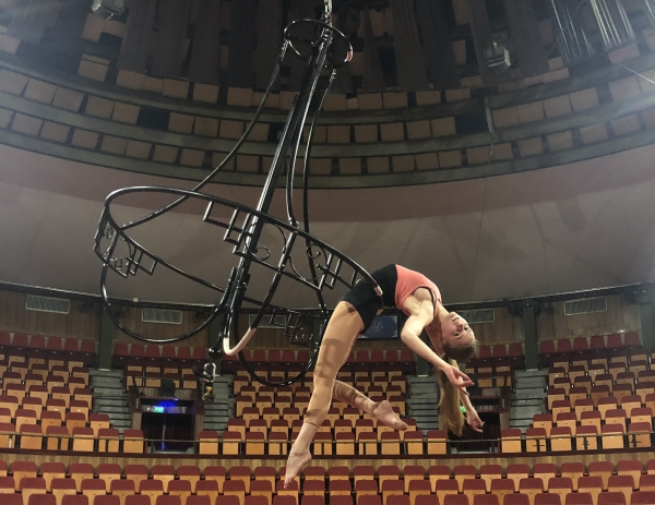 A breath-taking aerial act – we held the chandelier rehearsal of the Flying Circus in the weekend!